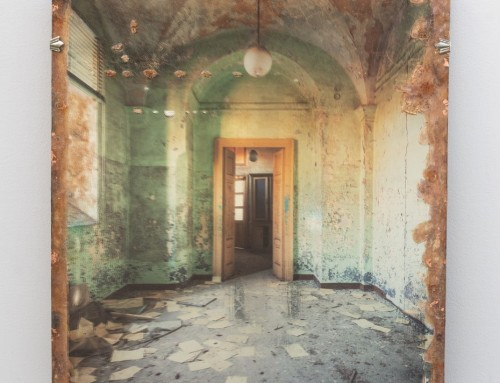 Asylum Arched Room on Mirror